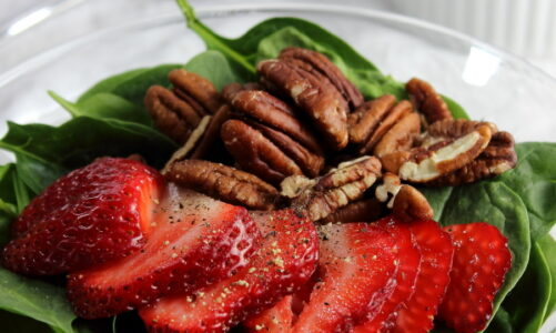Strawberry Spinach Salad with Pecans