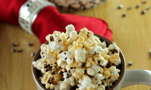 Les Mis: The Popcorn of Angry Men (Spicy Herb Popcorn)